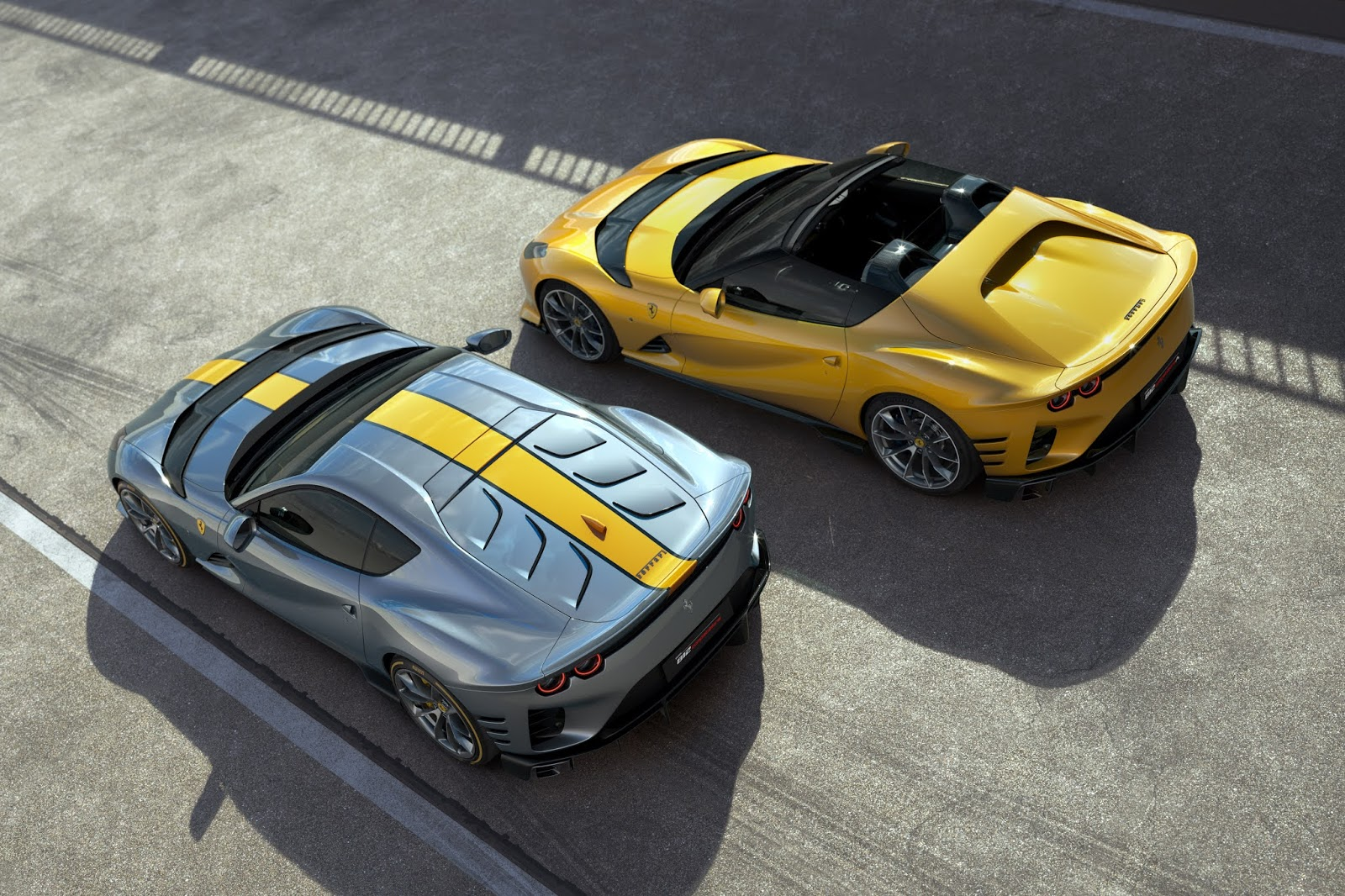 Ferrari 812 Competizione e 812 Competizione A 3