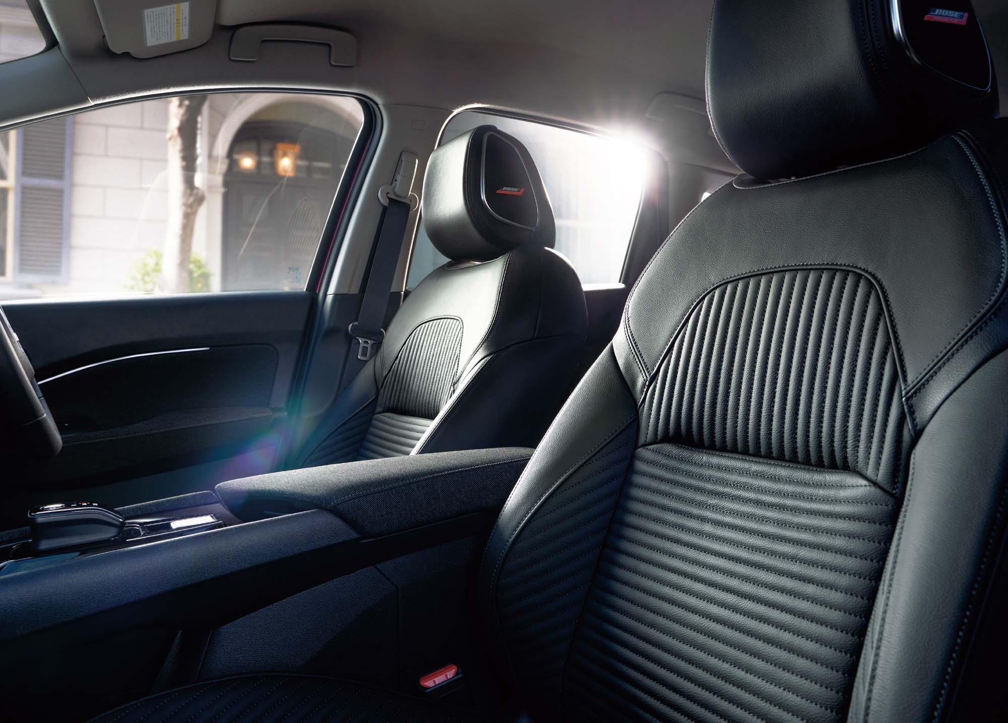009 NOTE AURA image interior Nissan : λανσάρει το ολοκαίνουριο Note Aura στην Ιαπωνία Electric cars, electric vehicles, Nissan, Nissan Note, Nissan Note Aura, Note, Note Aura, ειδήσεις, ηλεκτρικά, ηλεκτροκινηση, Νέα