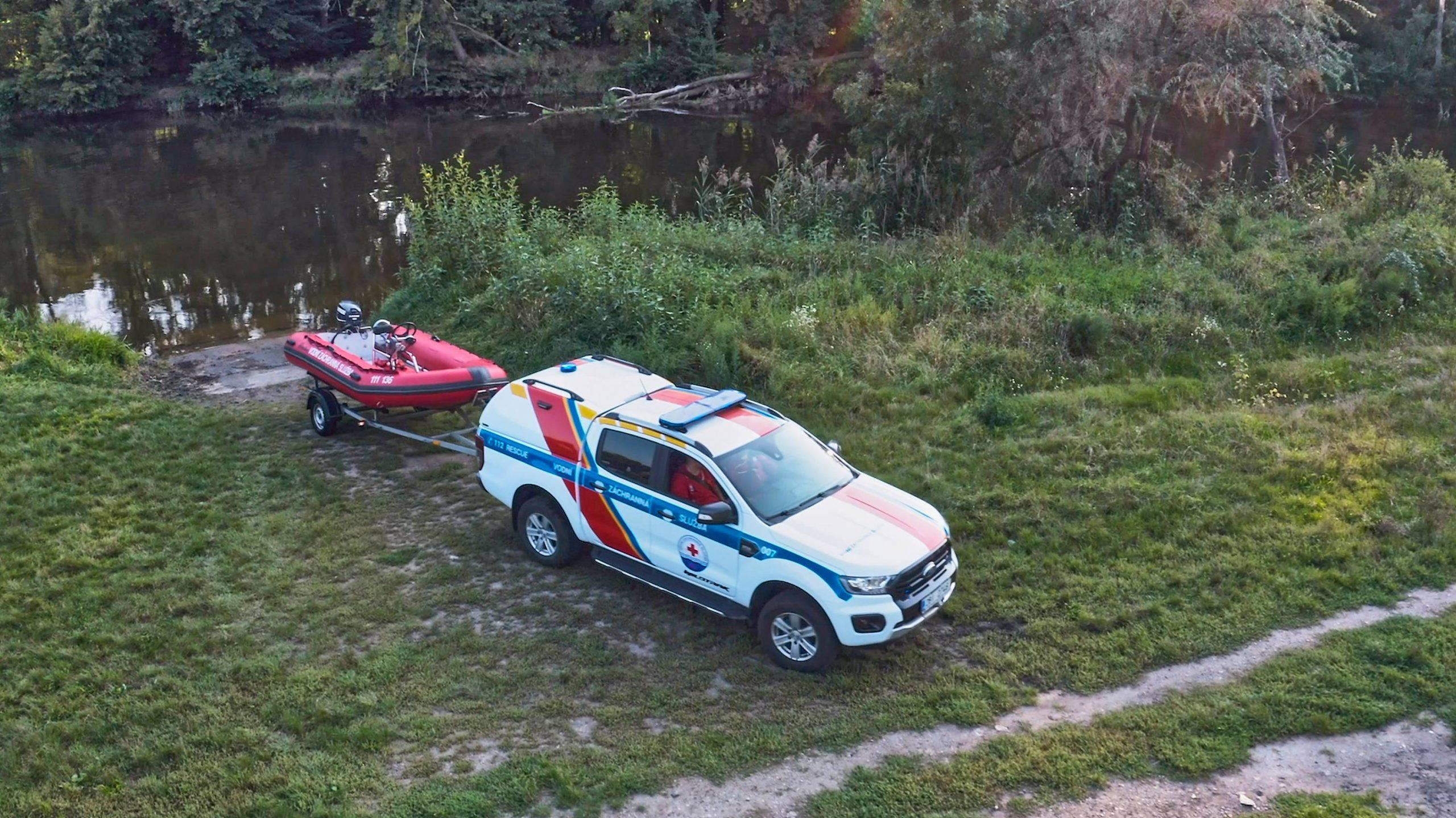 Ford LifeSavers Screengrab SHOT 07 scaled Ford : Το δεύτερο επεισόδιο των 'Lifesavers', παρουσιάζει τους εθελοντές από την Τσεχία Ford, Ford Lifesavers, Ford Ranger, Lifesavers, ειδήσεις, Επαγγελματικά, Νέα