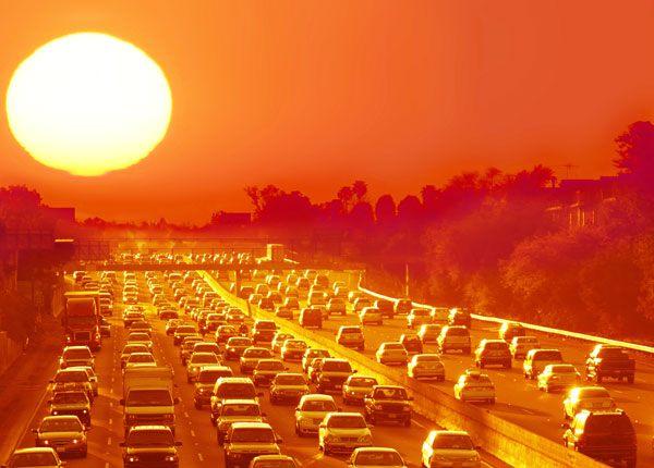driving hot weather Τι να προσέξεις στο αυτοκίνητό σου με τον καύσωνα zblog, αυτοκίνητα, ζέστη, ΣΥΜΒΟΥΛΕΣ