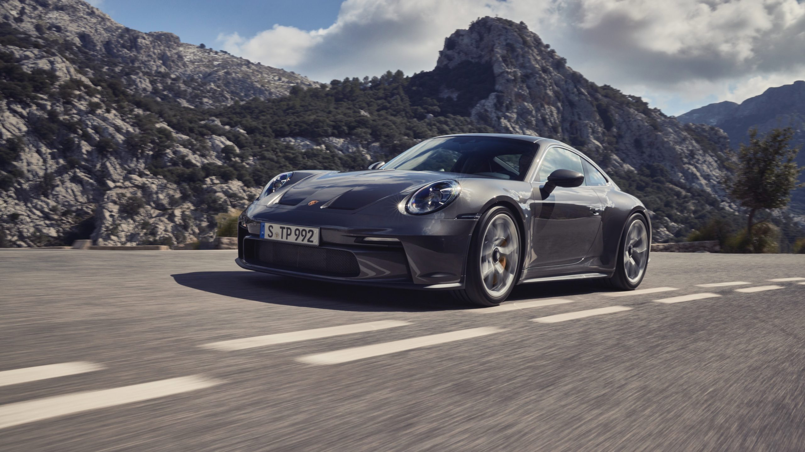 img 22 scaled Τι δίνει στην Porsche 992 GT3 Touring, τη δική της μοναδική γοητεία 911, 992, Porsche, Porsche 911, Porsche 911 GT3, sportscar, zblog, ειδήσεις, Νέα