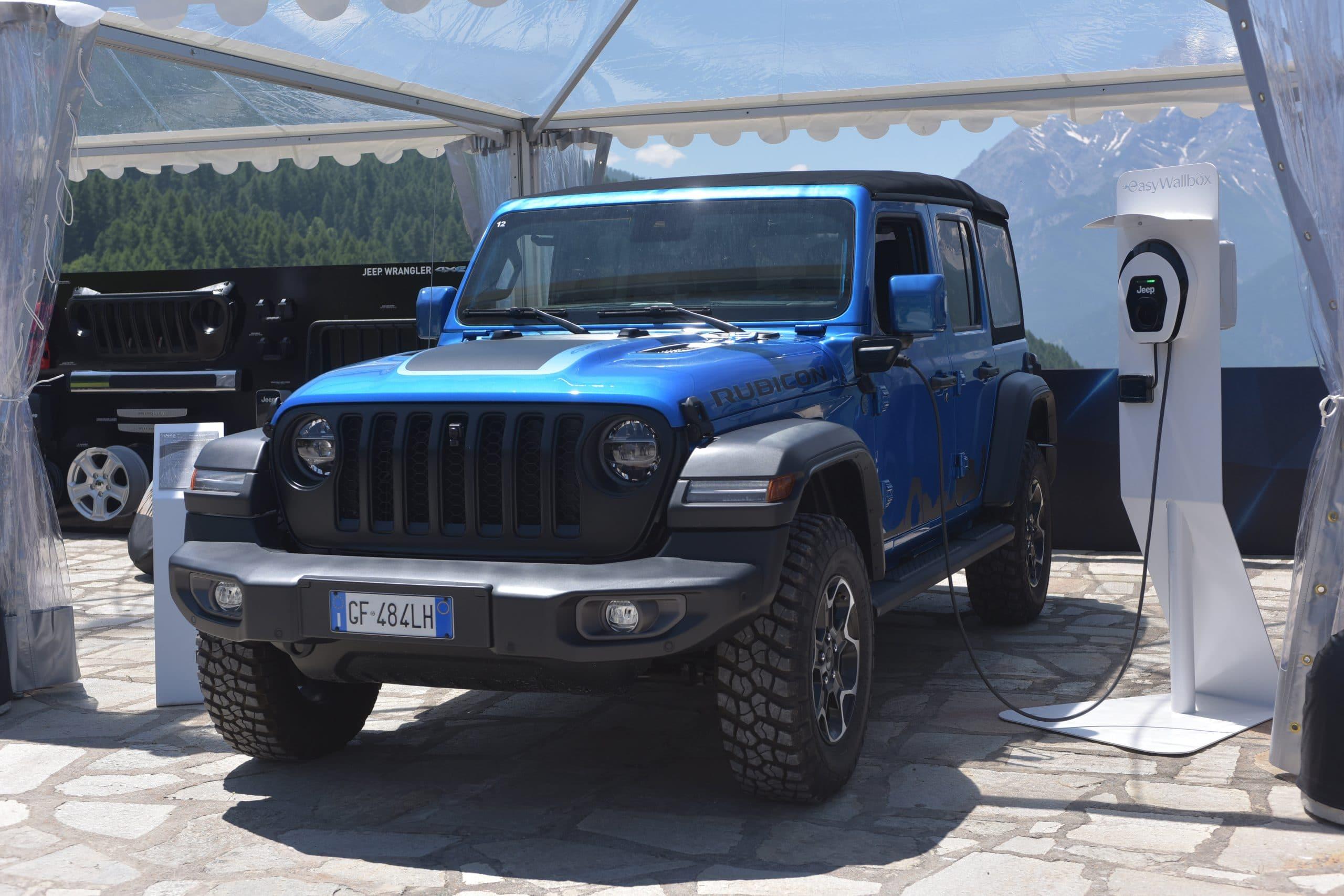 01 HP Jeep Wrangler 4xe scaled Νέα σειρά αξεσουάρ για το Plug-in Hybrid, Jeep Wrangler 4xe Jeep, Jeep 4XE, Mopar, Wrangler, Wrangler 4XE, ειδήσεις, Νέα