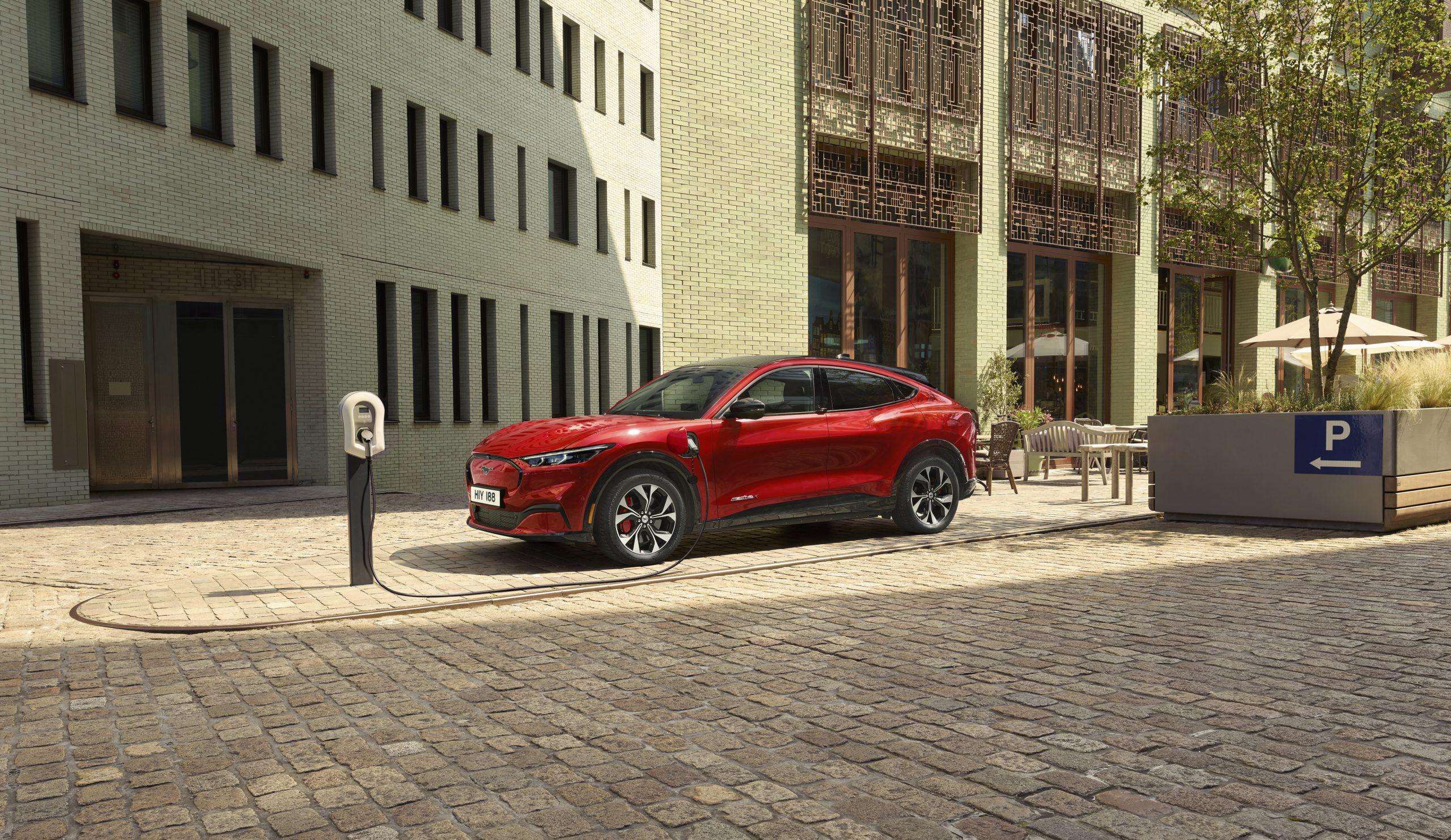 2020 FORD MACH E AWD 03 scaled Από 51.587 ευρώ η τιμή της Ford Mustang Mach-E στην Ελλάδα Electric cars, electric vehicles, EV, Ford, Ford Mustang, Ford Mustang Mach-E, zblog, ειδήσεις, ηλεκτρικά, ηλεκτροκινηση, κινουμαι ηλεκτρικα, Νέα
