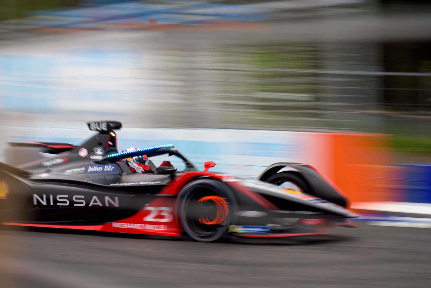"""210714 01 005 Η Nissan """"τρέχει"""" πρόγραμμα βελτίωσης εγκεφάλων. Των οδηγών της Formula E, Nissan, zblog"""