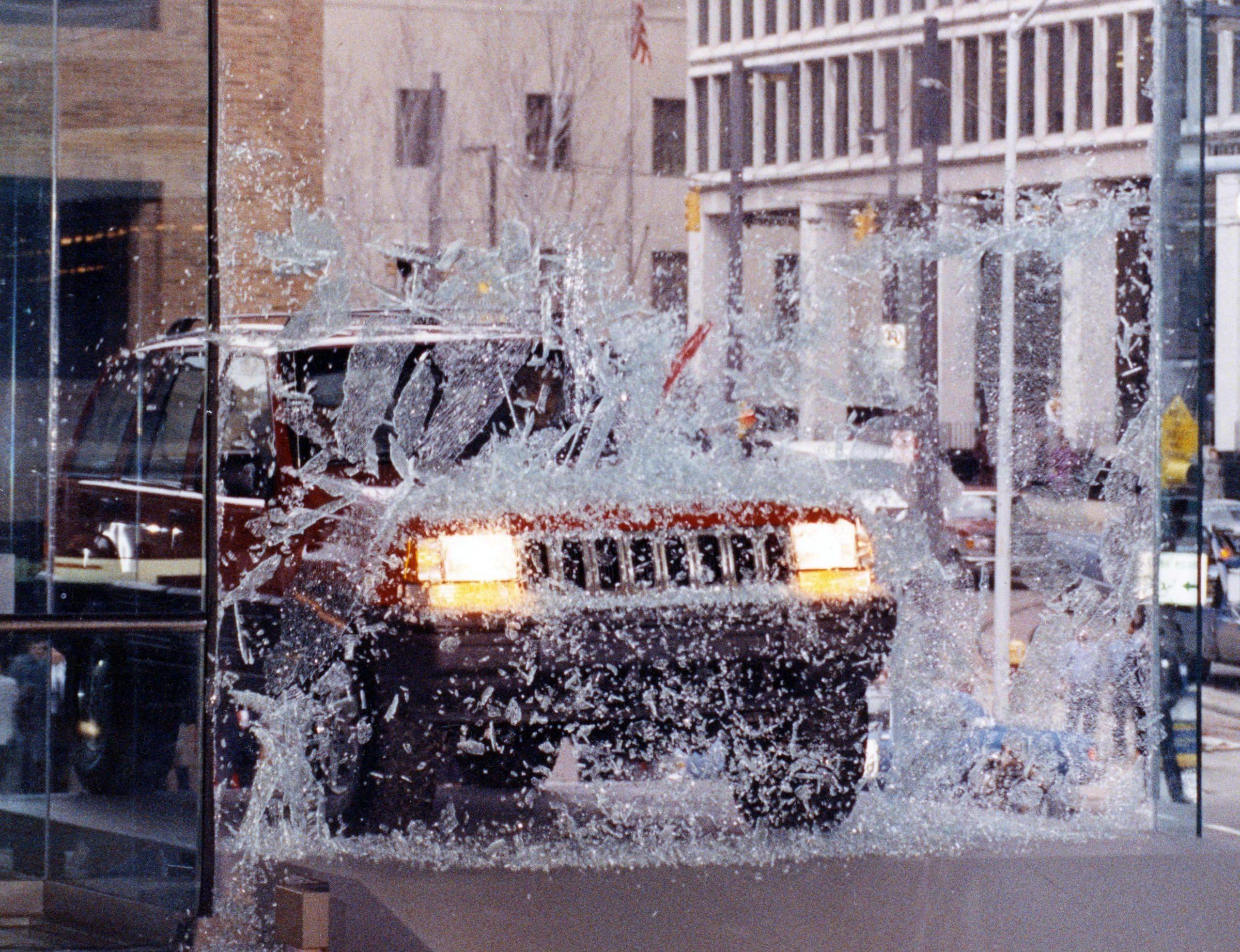 5th moment 1992 Detroit Auto Show Jeep Through Glass scaled 12 ορόσημα, για τα 80α γενέθλια της Jeep Jeep, Jeep Cherokee, Jeep Compass, Jeep Gladiator, Jeep Grand Cherokee, Jeep Renegade, Jeep Willys, Jeep Wrangler, ειδήσεις, Νέα