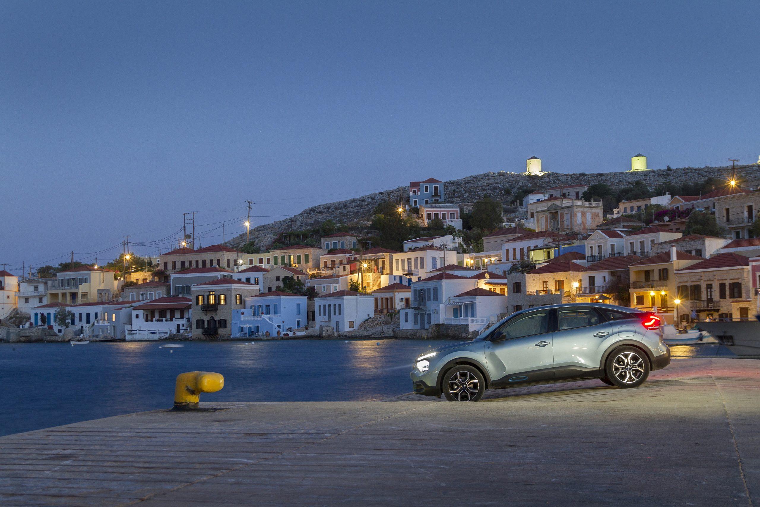 "CITROEN C4 C CROSSS HALKI1 scaled Το σχέδιο της Citroën για να γίνει η Χάλκη ""έξυπνο και πράσινο"" νησί citroen, Electric cars, zblog, ηλεκτρικά, κινουμαι ηλεκτρικα, Όμιλος Συγγελίδη"