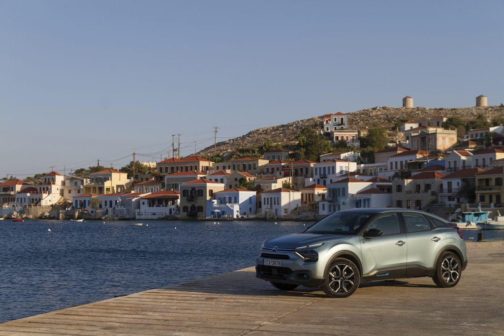 "CITROEN C4 C CROSSS HALKI2 Το σχέδιο της Citroën για να γίνει η Χάλκη ""έξυπνο και πράσινο"" νησί citroen, Electric cars, zblog, ηλεκτρικά, κινουμαι ηλεκτρικα, Όμιλος Συγγελίδη"