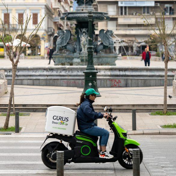 """image 6483441 4 Gurus Door2Door: Η startup απο την Πάτρα που κάνει """"πράσινες"""" τις μεταφορές"""