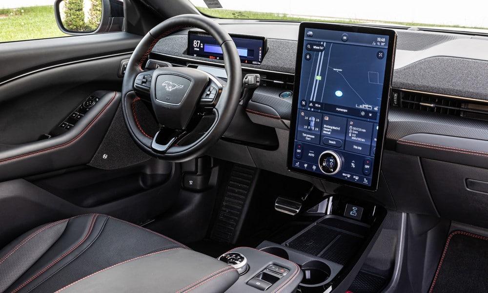 mach eintrior Οδηγούμε τη Ford Mustang Mach-E Electric cars, Ford, Ford Mustang, Ford Mustang Mach-E, zblog, αγορά, ηλεκτρικά, τιμές