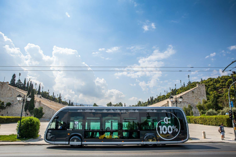 saracakis irizar electric bus 5 Είναι τραμ; Είναι διαστημόπλοιο; Είναι το νέο e- λεωφορείο της Αθήνας! zblog, αθήνα, αστικές συγκοινωνίες, ειδήσεις, ηλεκτρικά, ηλεκτροκινηση, λεωφορείο, Νέα