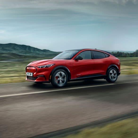 2020 FORD MACH E AWD 11 Με επιπλέον όφελος ως 6.000 ευρώ η Ford Mustang Mach-E