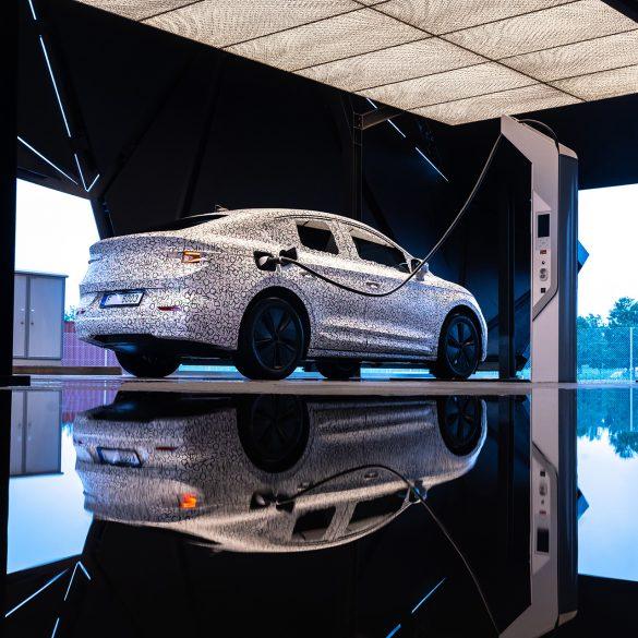 SKODA ENYAQ COUPE iV covered 7 H Skoda ετοίμασε coupe έκδοση του ENYAQ με 265 ίππους